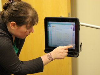 Demonstrating eye tracking research