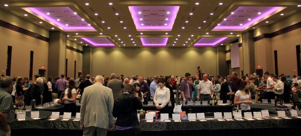A scene from the 2012 Travel and Dining Auction.