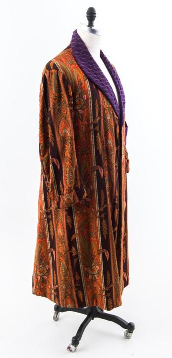 A men's dressing gown called a banyan ca. 1900. Above, Quaker dress ca. 1830.